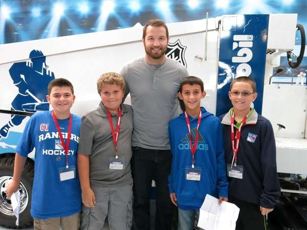 New York Rangers player Rick Nash with Kidsday