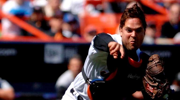 Mets catcher Mike Piazza in a 2005 game