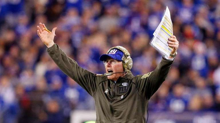 Giants coach Tom Coughlin reacts after a play