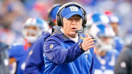 Giants coach Tom Coughlin had plenty of support