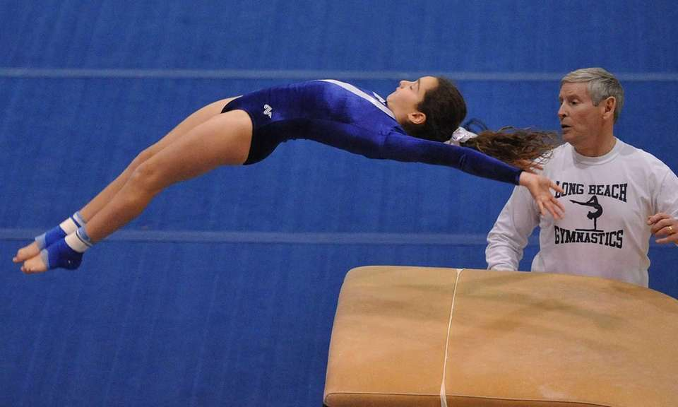 Allison Cohen of Long Beach soars through the