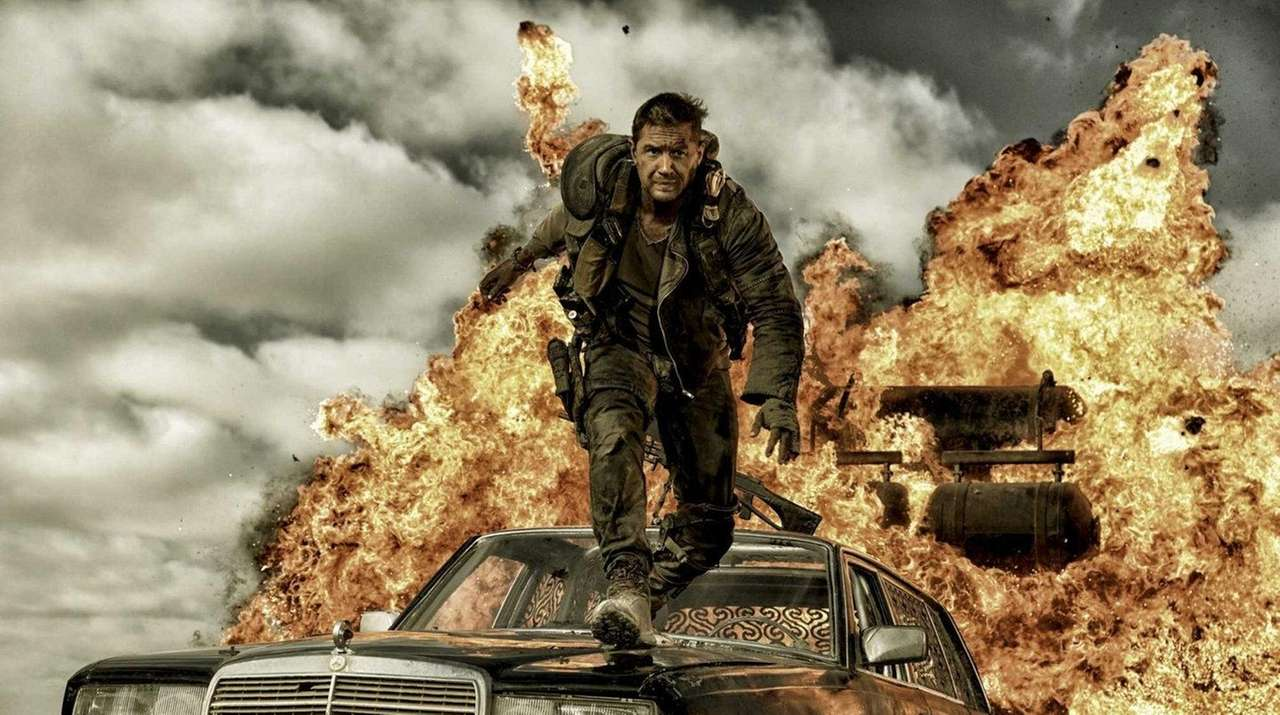 Tom Hardy plays Max Rockatansky in a scene