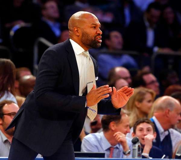 Head coach Derek Fisher of the New