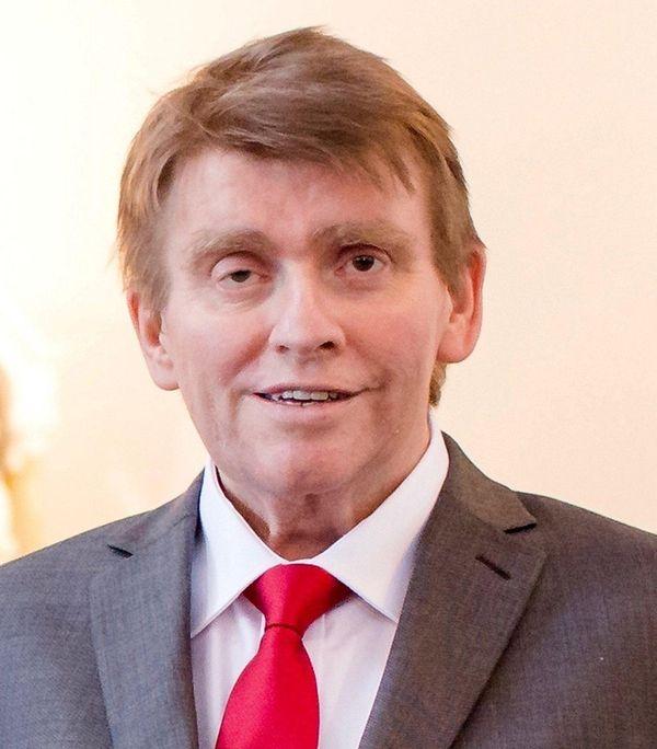 Edward John Garnett, of East Norwich, an attorney