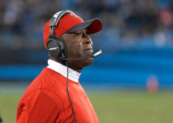 Tampa Bay Buccaneers coach Lovie Smith watches his