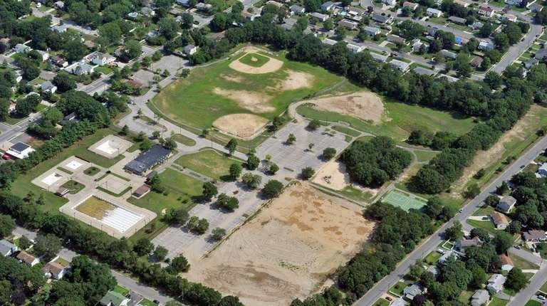 Aerial view of Brentwood's Roberto Clemente Park, formerly