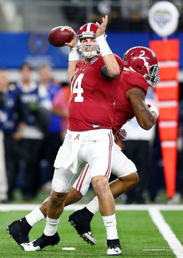 Alabama quarterback Jake Coker was 25-for-30 for 286