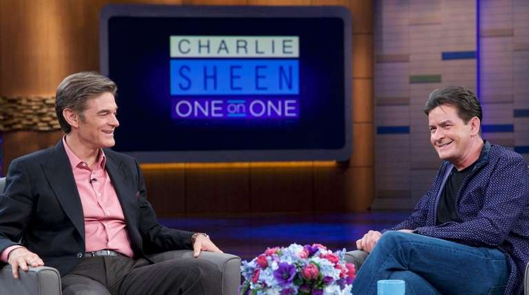 Dr. Mehmet Oz talks with actor Charlie Sheen