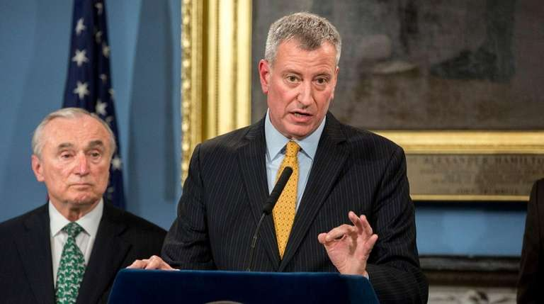 Mayor Bill de Blasio announces