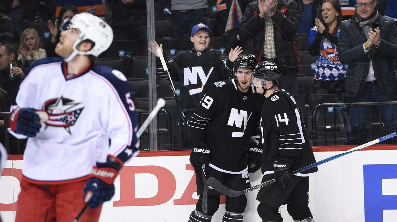 New York Islanders left wing Brock Nelson celebrates