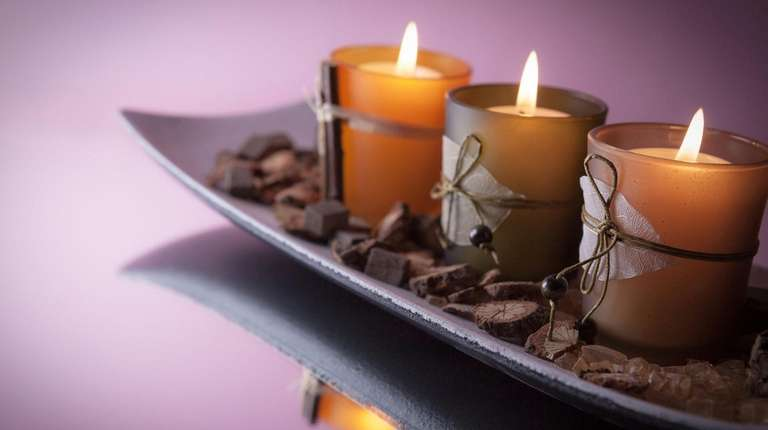 Use a tray to create a decorative candle