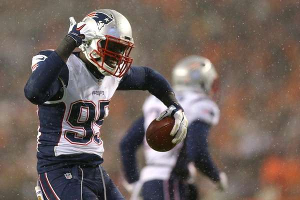 New England Patriots defensive end Chandler Jones