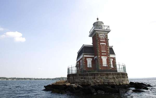 Stepping Stones Lighthouse is located off the shore