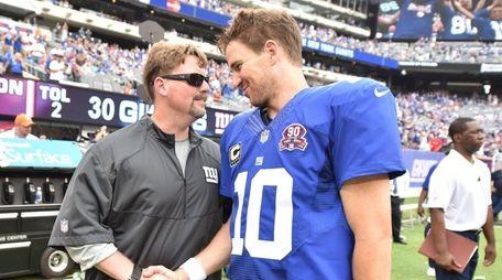 New York Giants quarterback Eli Manning (10)