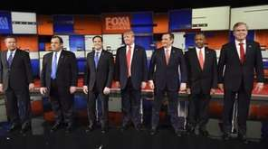 Republican presidential candidates, from left, Ohio Gov. John