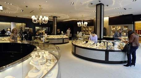 London Jewelers, which features both international and American