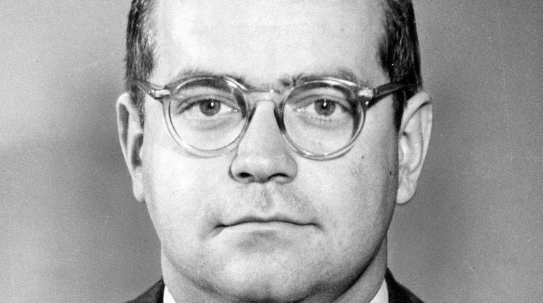 Longtime Newsday reporter John Cummings in a 1970