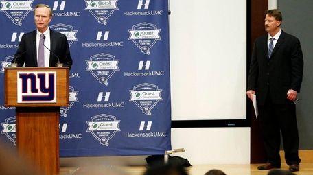New York Giants owner John Mara, left, announces