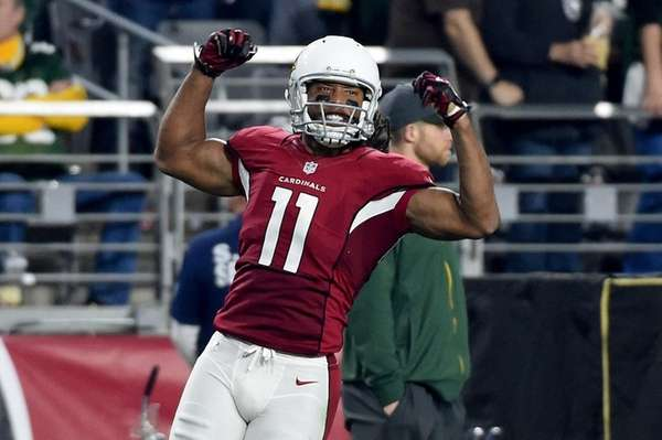 Wide receiver Larry Fitzgerald #11 of the