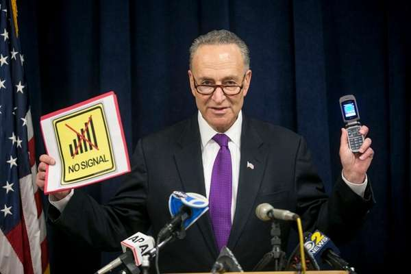 Sen. Chuck Schumer encourages consumers on Long Island