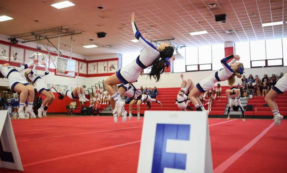 Hauppauge competes in the Small Varsity Division 1