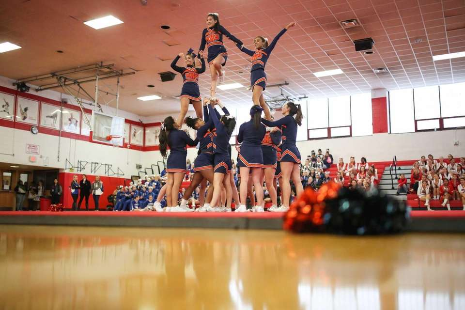 Manhasset competes in the Small Varsity Division 1