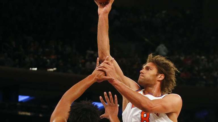 Robin Lopez #8 of the New York Knicks