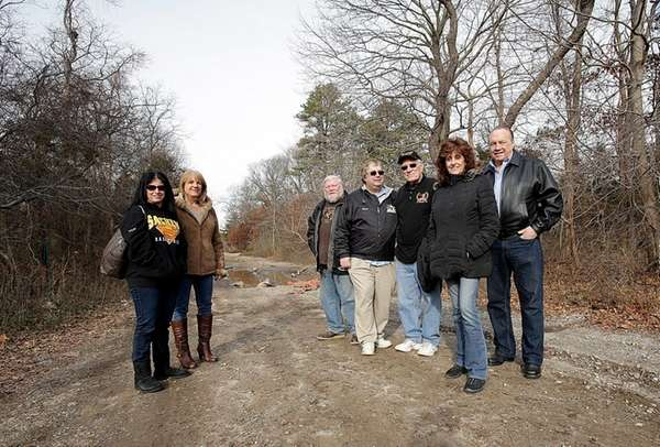 Members of the Nesconset-Sachem Civic Association, which opposes
