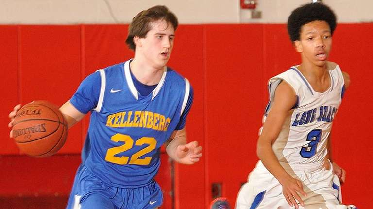 Kyle DeVerna of Kellenberg, left, looks to stay