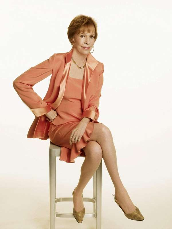 Carol Burnett will receive the Life Achievement Award