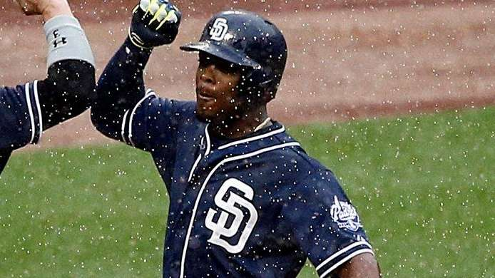 San Diego Padres rightfielder Matt Kemp (27) and