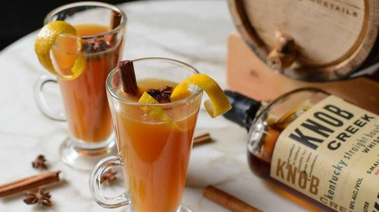 How to make this Apple-Spiced Hot Toddy from