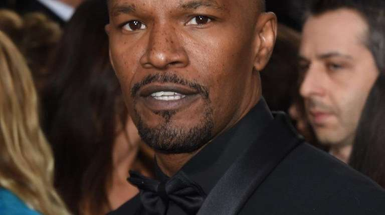 Jamie Foxx helped rescue a 32-year-old driver after