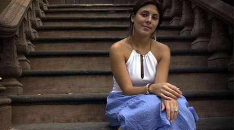 Actress Jamie-Lynn Sigler on July 30, 2002.
