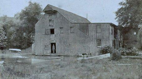 Roslyn Grist Mill in 1897.