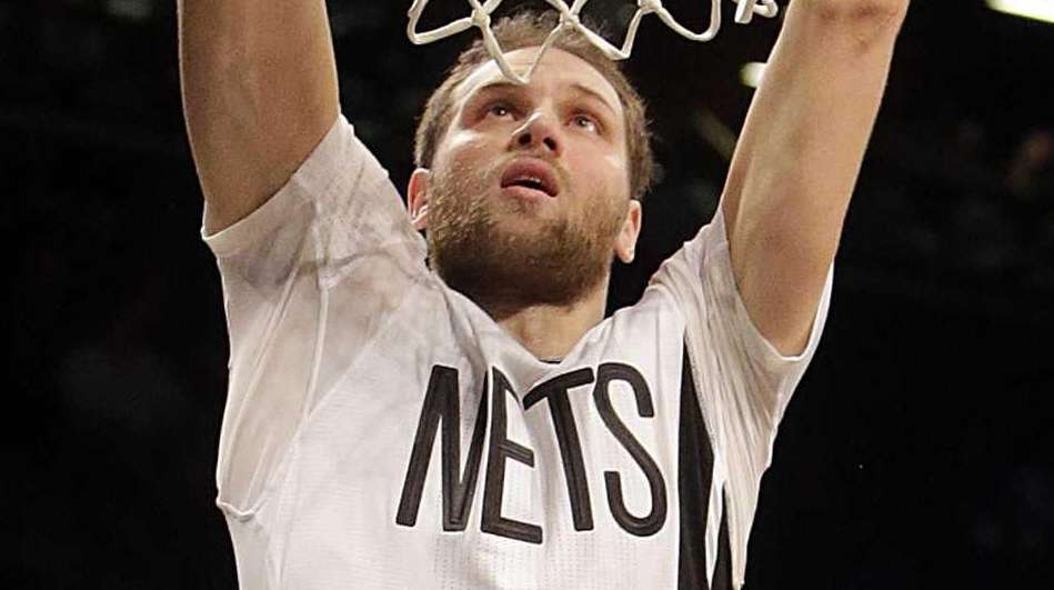 Brooklyn Nets guard Bojan Bogdanovic (44) finishes the