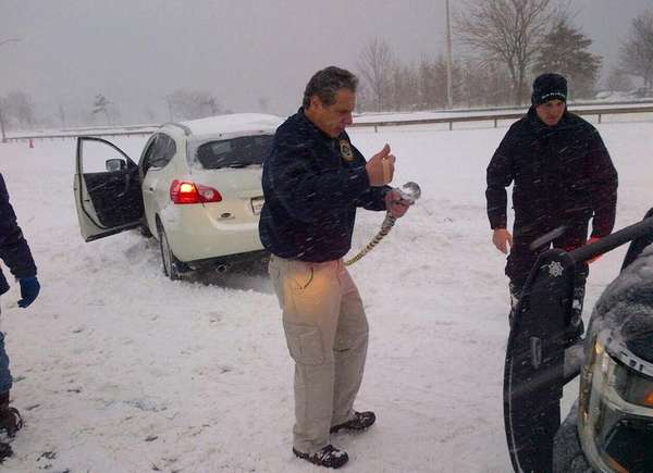 New York Gov. Andrew Cuomo helped a stranded