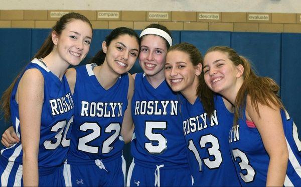 Roslyn's Morgan Davey, Samantha Wiebe, Emily Cohen, Samantha