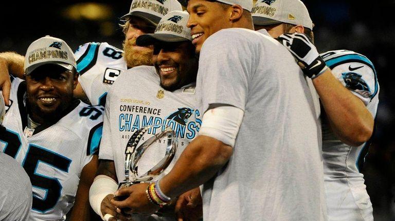 best sneakers 1c3d0 e1d7a Super Bowl 50 still the goal as Thomas Davis has surgery on ...