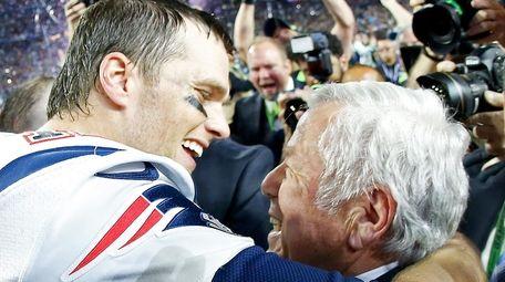 Tom Brady of the New England Patriots celebrates