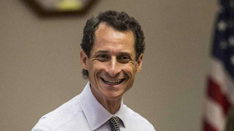 U.S. Rep. Weiner (D-NY) speaks to seniors at