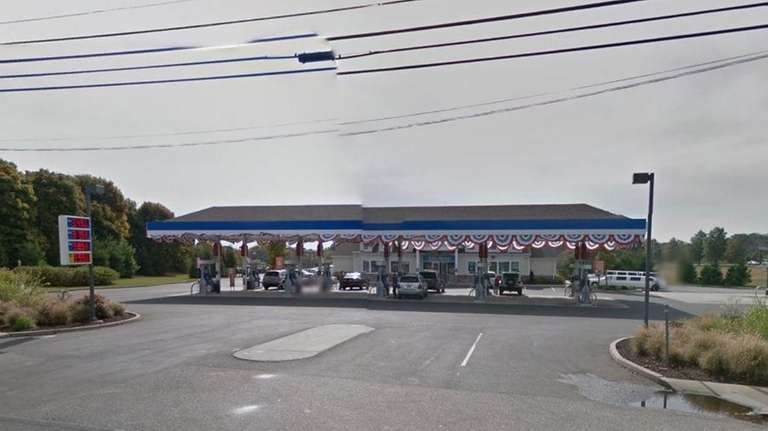 Bolla Market at the Mobil gas station on
