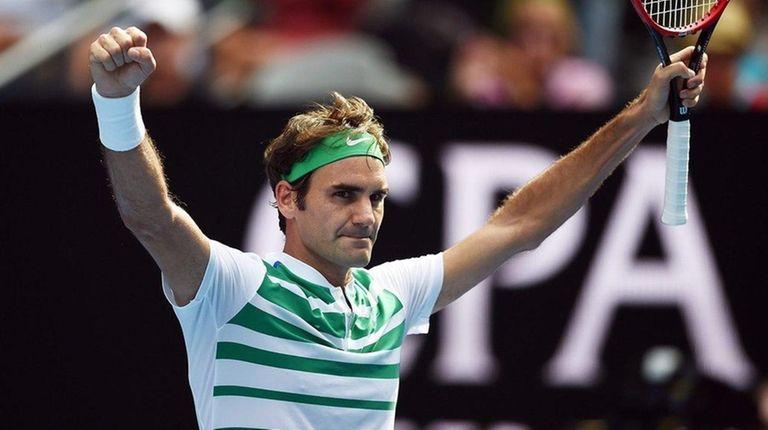Roger Federer celebrates his win against Tomas