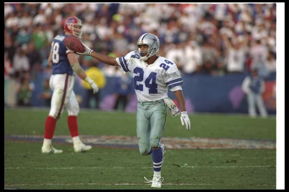 Larry Brown, Dallas Cowboys (XXVII, XXVIII, XXX; pictured)