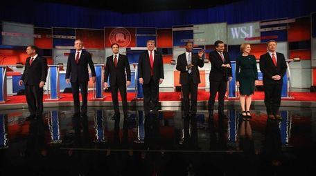 Left to right, Republican presidential candidates Ohio Gov.