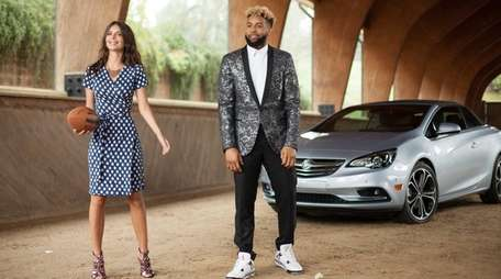 Buick's Super Bowl 50 ad features Giants wide