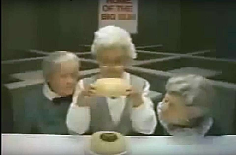 In this Wendy's Super Bowl XVIII, 1984 commercial