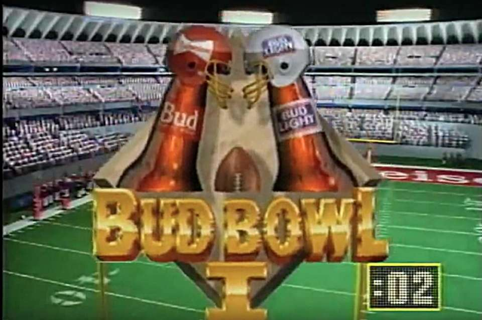 In this Super Bowl XXIII, 1989 commercial teams