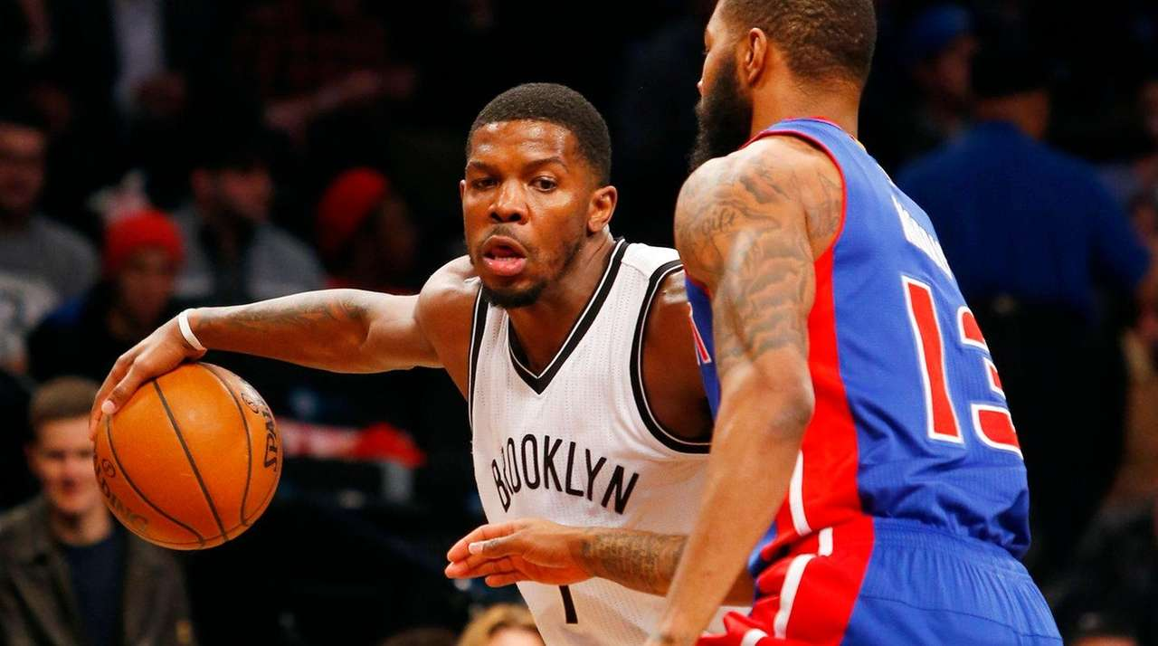 Joe Johnson #7 of the Brooklyn Nets controls