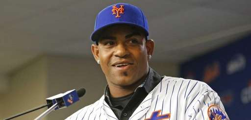 New York Mets outfielder Yoenis Cespedes speaks during